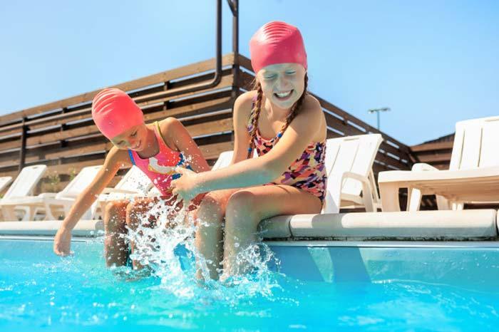 รีวิว ชุดว่ายน้ำเด็ก ยี่ห้อไหนดีที่สุด ปี 2020